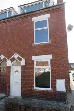 Thumbnail Terraced house to rent in Queensway, Goole