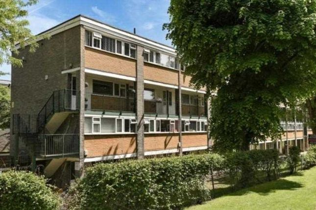 Thumbnail Flat to rent in North Orbital Road, Denham, Uxbridge