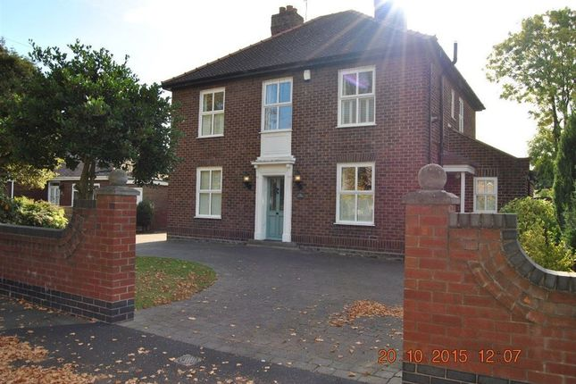 Thumbnail Property to rent in Hall Avenue, Widnes