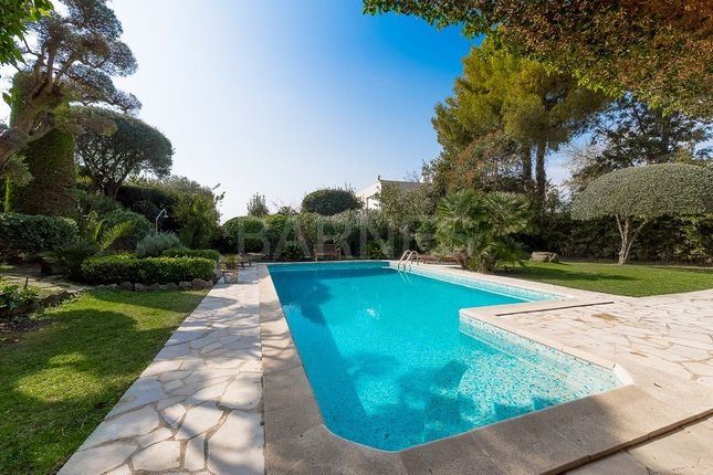 Thumbnail Villa for sale in Cap D'antibes, Cap D'antibes, France