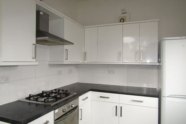 Thumbnail Maisonette to rent in St. Ronans Road, Southsea