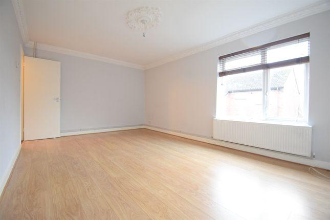 1 bed flat to rent in Hollands Walk, Vange, Basildon SS16