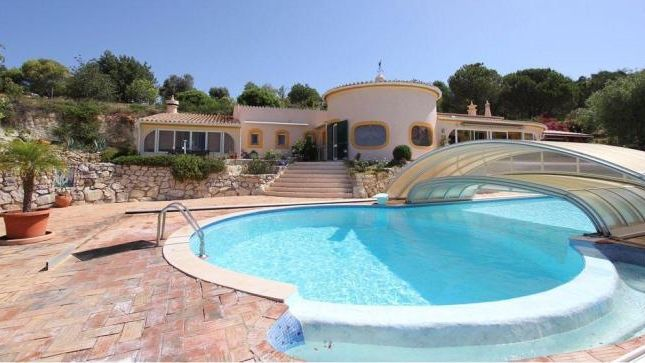 Thumbnail Villa for sale in Paderne, Albufeira, Central Algarve, Portugal
