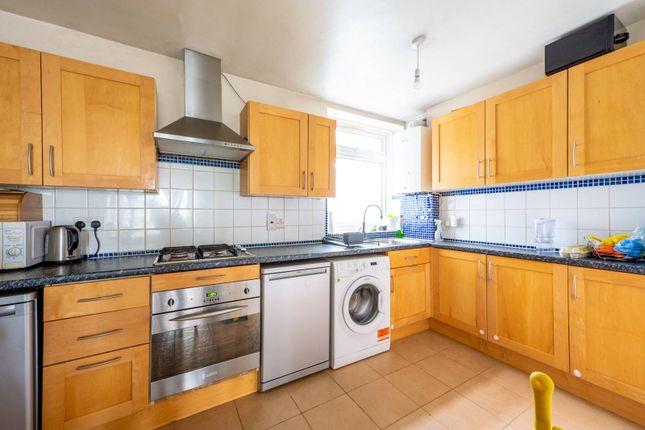 Thumbnail Flat to rent in Putney Heath Lane, Putney Heath, London