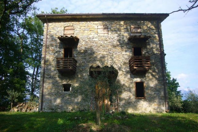 1 bed detached house for sale in 768, Fivizzano, Massa And Carrara, Tuscany, Italy