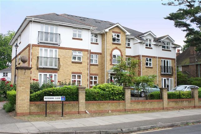 Thumbnail Flat to rent in Rosebank Close, Teddington