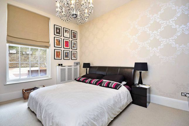 Thumbnail Flat for sale in Princess Park Manor, Friern Barnet