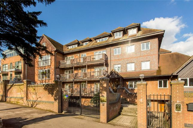 Thumbnail Flat for sale in Wimbledon Hill Road, London