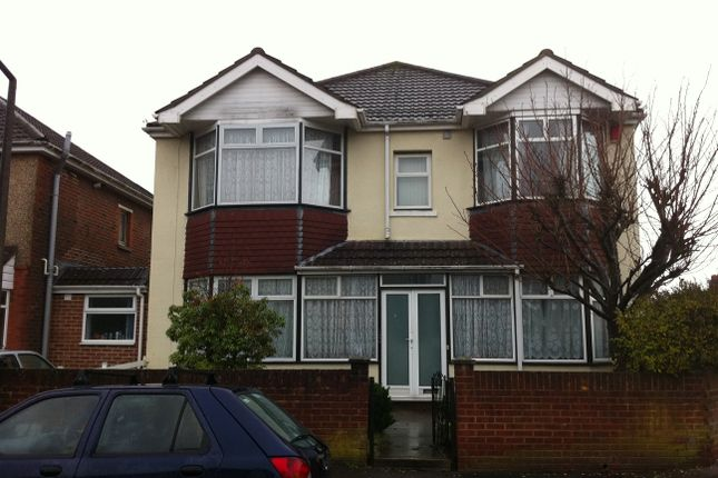 Thumbnail Property to rent in Uppershaftesbury Avenue, Highfield, Southampton