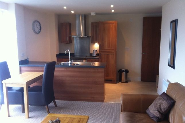 Thumbnail Flat for sale in Meridian Tower, Swansea