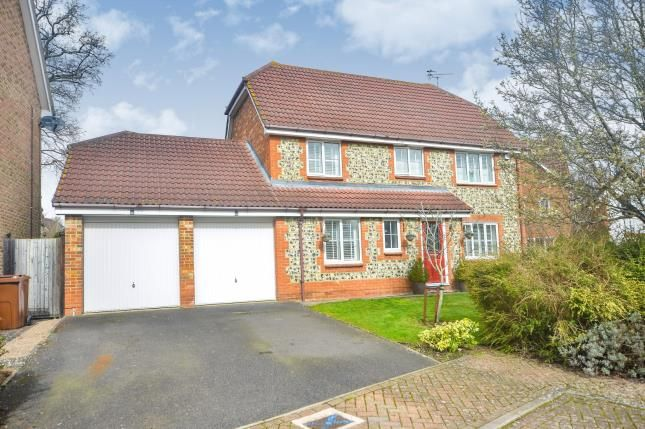 Thumbnail Detached house for sale in Holly Meadows, Ashford, Kent, .