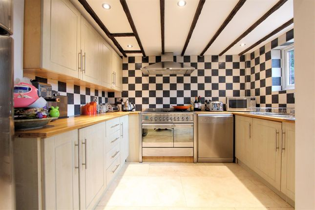Kitchen of Chertsey Road, Byfleet, West Byfleet KT14