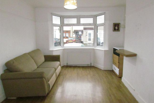 Reception 1 of Willow Road, Chadwell Heath, Romford RM6