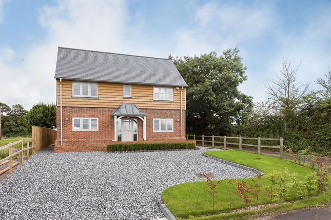 Thumbnail Detached house to rent in Wood End, Medmenham, Marlow
