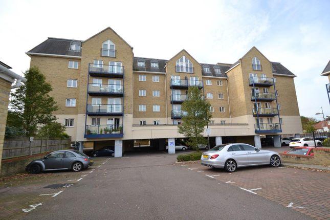 Thumbnail Flat to rent in Clarence Lodge, Taveners Way, Hoddesdon