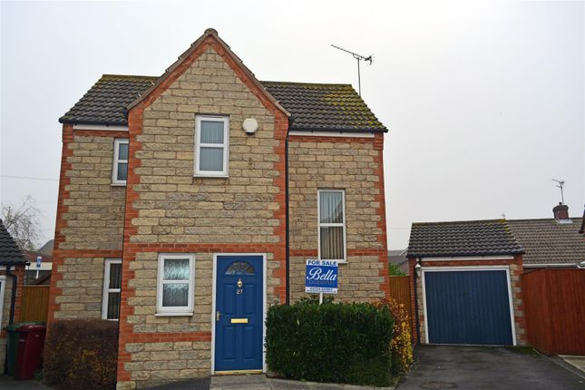 Thumbnail Detached house for sale in Queens Drive, Crowle, Scunthorpe