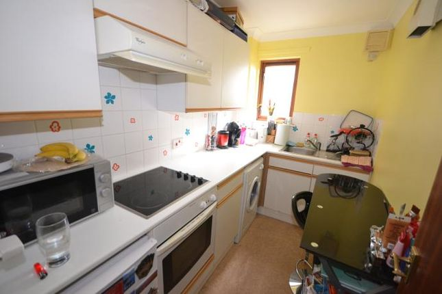 Thumbnail Flat to rent in 6, Cow Vennel, Perth