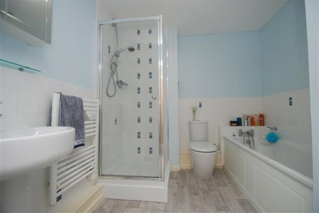Bathroom of Bramble Court, Millbrook, Stalybridge SK15