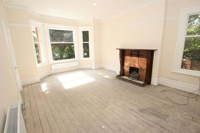 Lounge of Priory Road, Sale M33