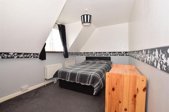 Bedroom 3 of Redbrook Street, Woodchurch, Ashford, Kent TN26