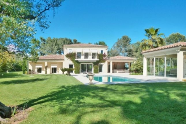 Villa for sale in Mouans Sartoux, French Riviera, France