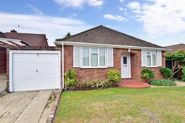 Detached Bungalow For In Nursery Hill Shamley Green Guildford Surrey