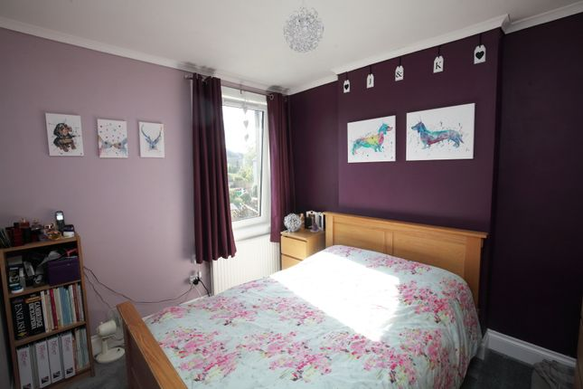 Thumbnail Flat for sale in Drum Road, Kelty