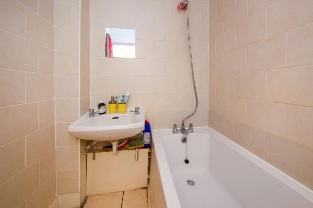 Bathroom of Nelson Mandela House, 124 Cazenove Road, London, England N16