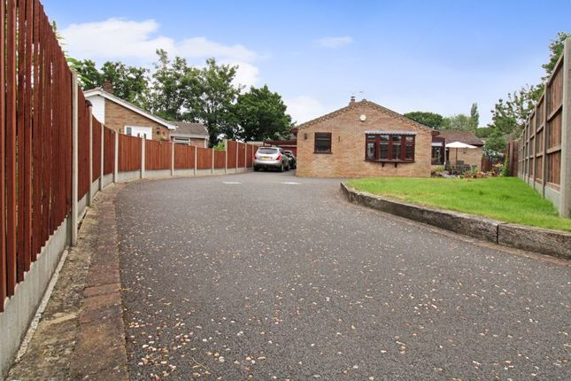 4 bed property for sale in Rectory Close, Long Stratton, Norwich NR15