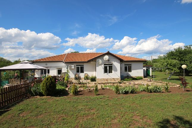 Thumbnail Detached bungalow for sale in 215, Near Kavarna, Bulgaria