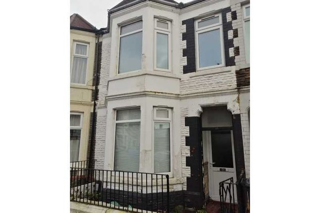 Thumbnail Terraced house for sale in Dogfield Street, Cathays, Cardiff