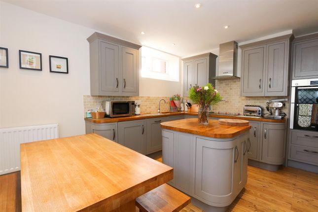 Kitchen 2 of The Glen, Saltford, Bristol BS31