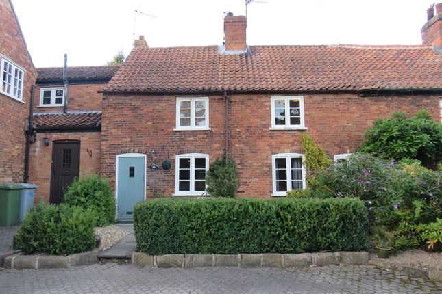 Thumbnail Cottage for sale in Pickins Row, Boughton, Newark
