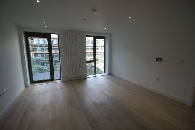 1 bed flat to rent in Laker House Royal Wharf