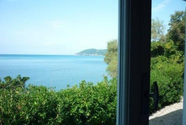 4 bed property for sale in Villa On The Sea, Cecina, Tuscany