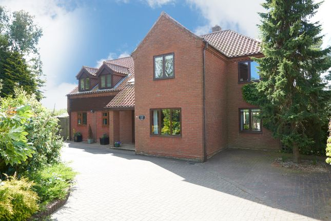 Thumbnail Detached house for sale in Burgate Lane, Framlingham Earl