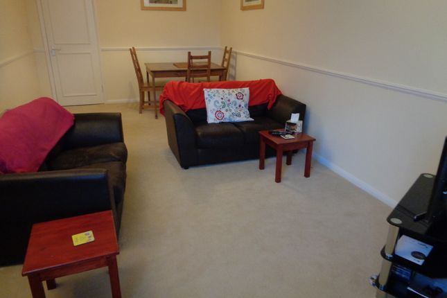 Thumbnail Flat to rent in Scott Hall Road, Leeds