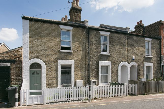 Thumbnail Terraced house for sale in Wellfield Road, London