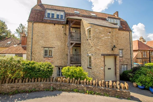 Thumbnail Flat for sale in Willow Vale, Frome