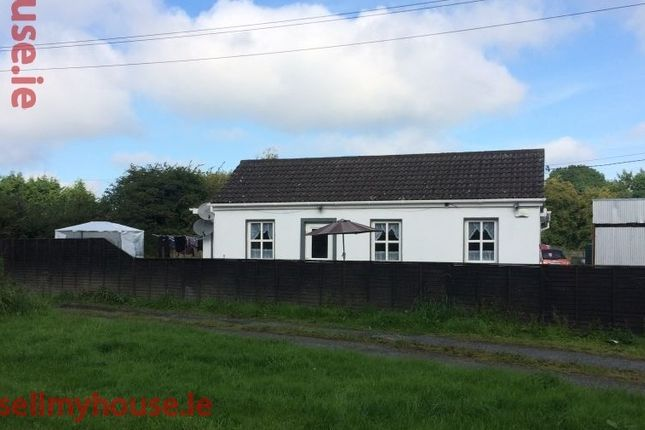 Thumbnail Bungalow for sale in Kilpatrick, Carbury,