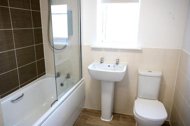 Bathroom of Ken Gatward Close, Frinton-On-Sea CO13