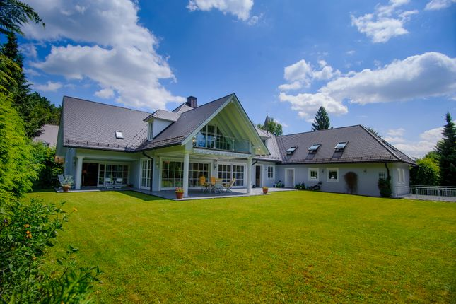 Thumbnail Villa for sale in Grünwald, München, Bavaria, Germany