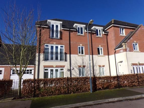 Thumbnail Flat for sale in Dickens Close, Stratford Upon Avon, Warwickshire