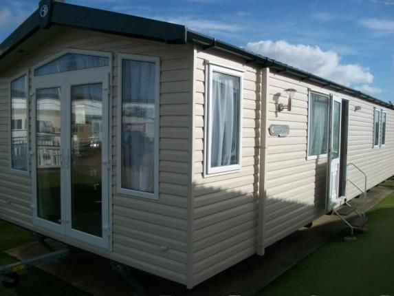 2 bed mobile/park home for sale in Perranporth, Cornwall