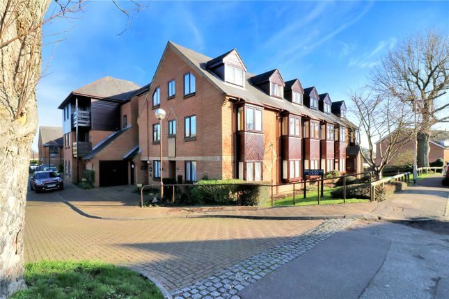 Front of Breakspear Court, The Crescent, Abbots Langley WD5