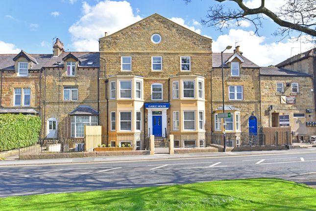 Thumbnail Flat to rent in Devonshire Place, Harrogate