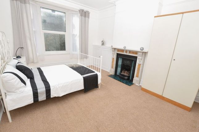 Thumbnail Property to rent in Rooms, 6 Wembdon Road, Bridgwater