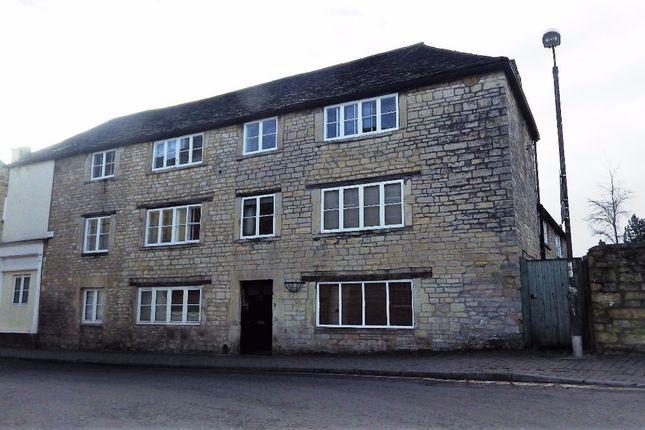Thumbnail Flat to rent in Dollar Street, Cirencester