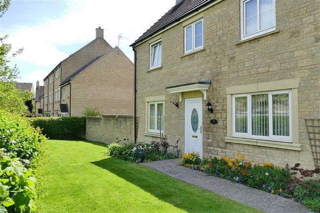 Thumbnail Detached house for sale in Nuthatch Road, Calne