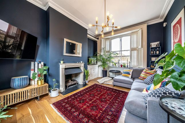 Flat to rent in Bloom Grove, West Norwood